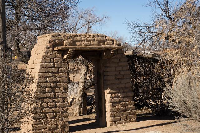 Gate, Casa San Ysidro