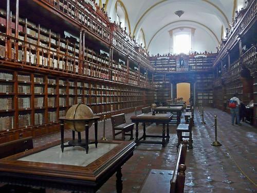 A33b Biblioteca Palafoxiana