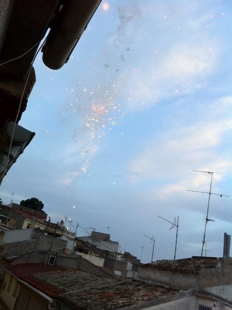 (2011-07-03) - Procesión fuegos artificiales - Manuel Poveda (01)