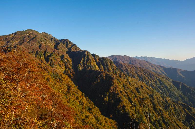 八海山の紅葉登山
