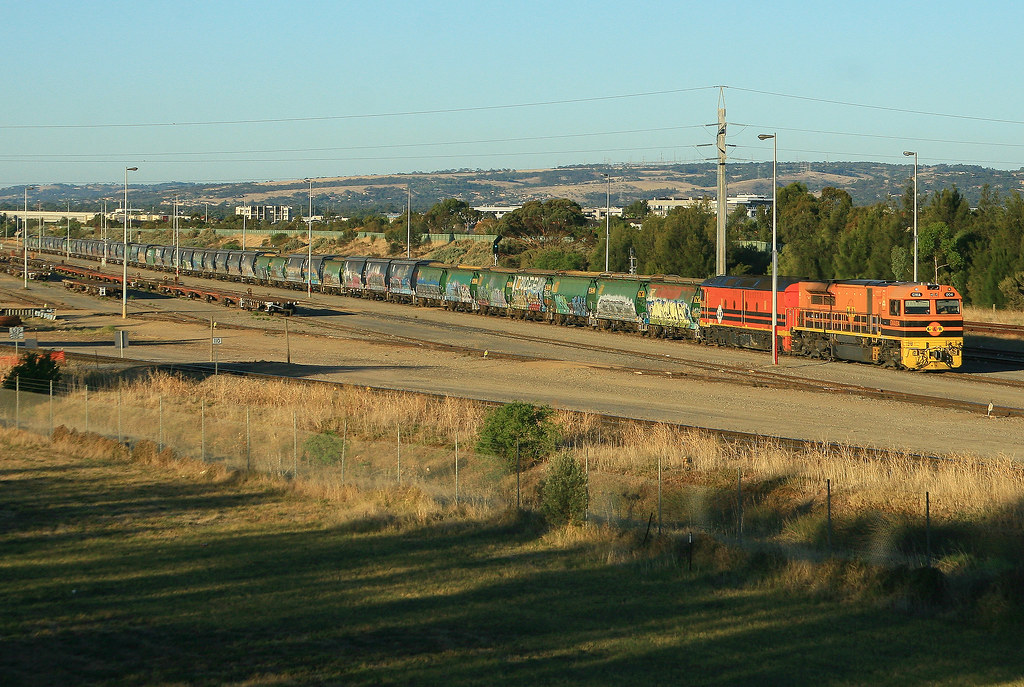 5114S Grain ex Gladstone GWA004 & ALF19 Dry Creek North by Trackside Photography Australia