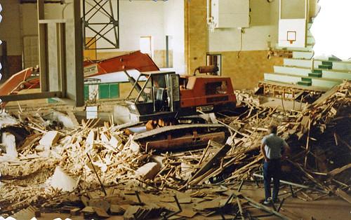 1987 - Bremen School - old gym destruction
