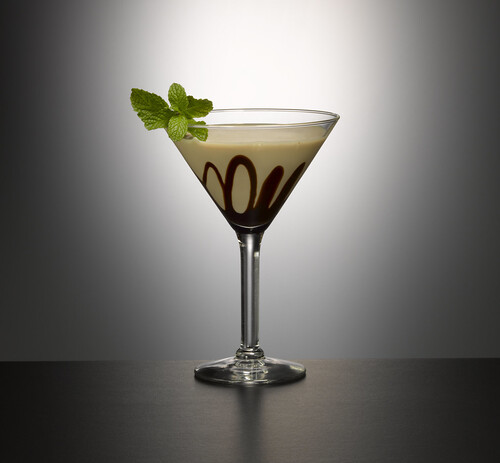 Mint Bailey's Chocolate Martini | by GarnishBar