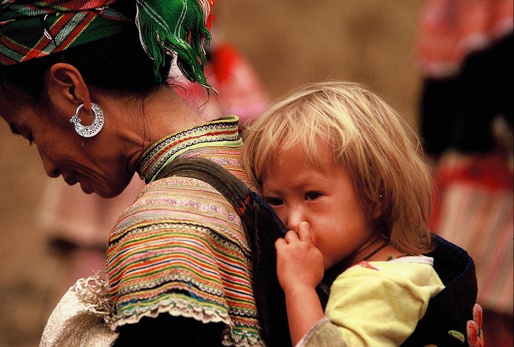Young amateur hmong girls