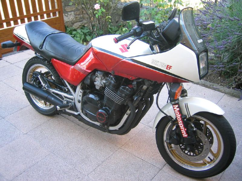 1987 Suzuki GSX 750 EF - Moto.ZombDrive.COM