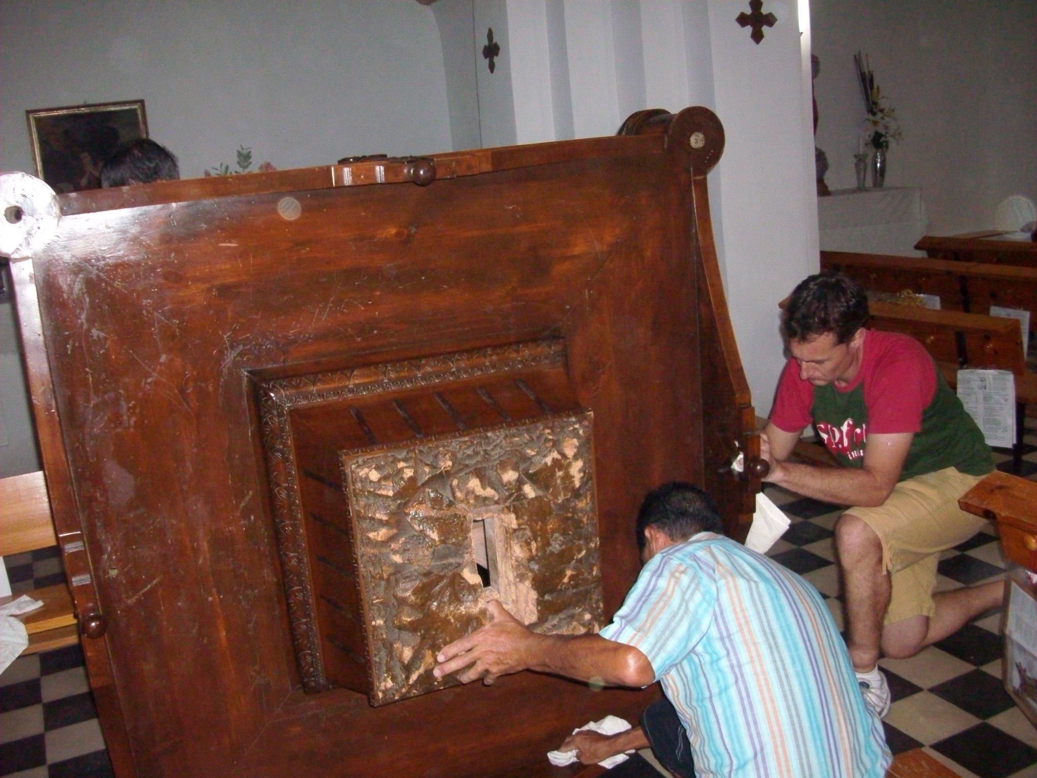 (2011-06-22) - Preparativos Imagen - José Vicente Romero Ripoll (07)