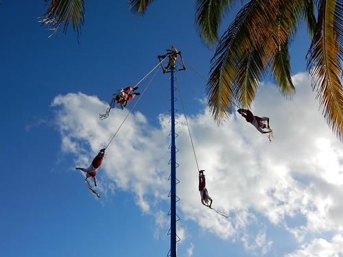 Playa del Carmen - voladores - touwen rollen af