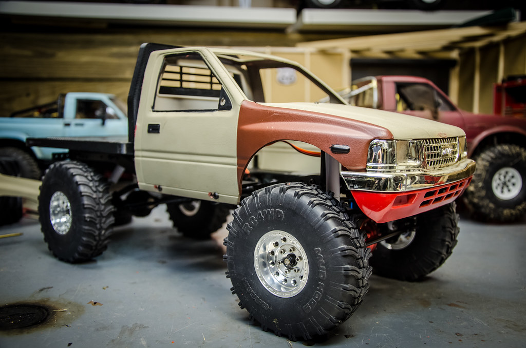 New Isuzu Pickup Flatbed TF2 | Starting another custom RC4wd
