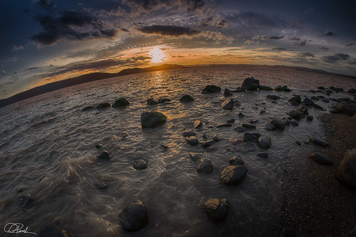 stone goldenhour newyork color sunset fisheye nature crotonharmonpark upstatenewyork hudsonriver landscape goldensunset dusk hdr hudsonvalley bluehour nightphtography cloud river goldensun shore wave hudson rocks colorfulsunset nikond750 waves mountain