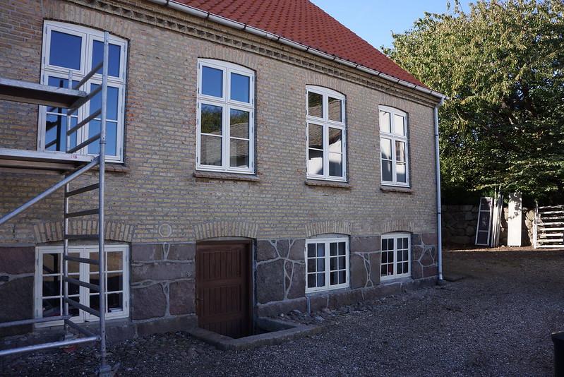 Tjoernbjerg-Stuehus-Nye-Vinduer-01