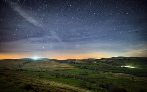 mountain grass wales night stars landscape lights horizon nightsky milkyway