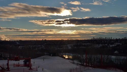 city winter sunset canada ski skyline clouds river edmonton skiing alberta february nwn saskatchewanriver sunridge sunridgeskiarea