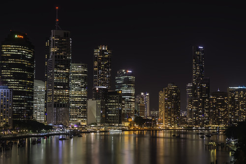 brisbane kangaroo point tourism travel night cityscape city 85mm f18 nikon d800 cliffs qld australia aus free download image photo cc creative commons attribution nightscape 18 long exposure wow brilliant