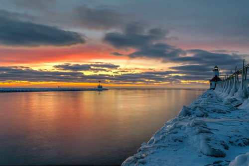 longexposure winter sunset sky lighthouse cold color reflection ice clouds reflections geotagged outdoors evening pier frozen nikon unitedstates michigan stjoseph lakemichigan icicles hdr saintjoseph oudoors stjosephlighthouse nikond5300