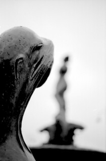 seal statue | by erik.drost