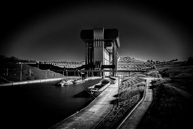 Strépy-Thieu, canal du centre, Belgique.