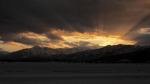 sunset japan newyear 日本 niigata 雲 夕日 夕暮れ 正月 オレンジ myoko 新潟 妙高 妙高山
