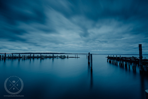 longexposure morning blue winter ny motion reflection water clouds marina docks sunrise coast li nikon moody cloudy shoreline january dramatic wideangle longisland coastal shore d750 coastline newyears local newyearsday northfork eastend january1st 2016 nofo peconicbay newyearsmorning newsuffolk leefilters progrey nikkor1635mmf4vr jschusteritsch lucroit northforker newsuffolkwaterfront littlestopper