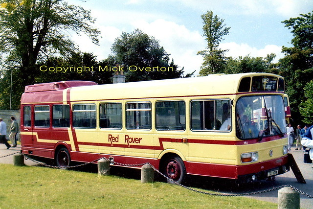 LS1 TGY101M Red Rover at Woburn Showbus 1986