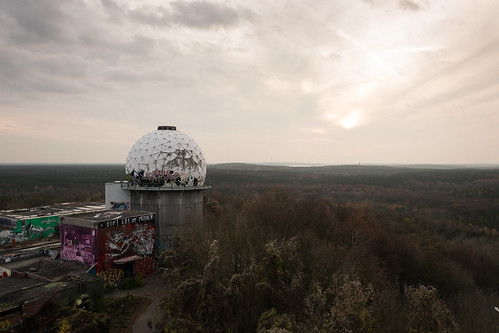 sunset sun berlin art abandoned station forest germany painting graffiti cloudy horizon dome decayed francesco teufelsberg moccia