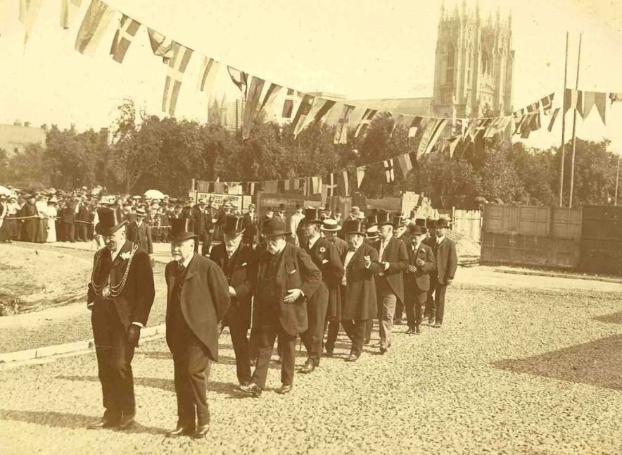 Opening of Lord Roberts Road, Beverley (archive ref DDX805-1)