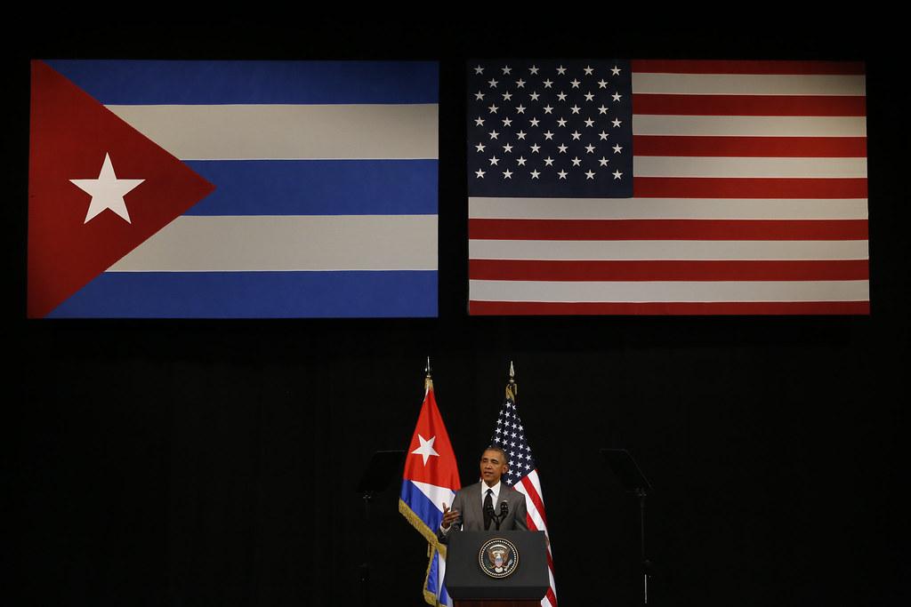 El  presidente estadounidense, Barack Obama, durante su discurso al pueblo cubano, en el Gran Teatro Alicia Alonso, radiotelevisado a todo el país, durante la tercera y última jornada de su visita a La Habana. Crédito: Jorge Luis Baños/IPS
