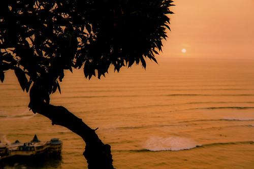 ocean park sunset sun peru landscape pacific kodak horizon miraflores 2013