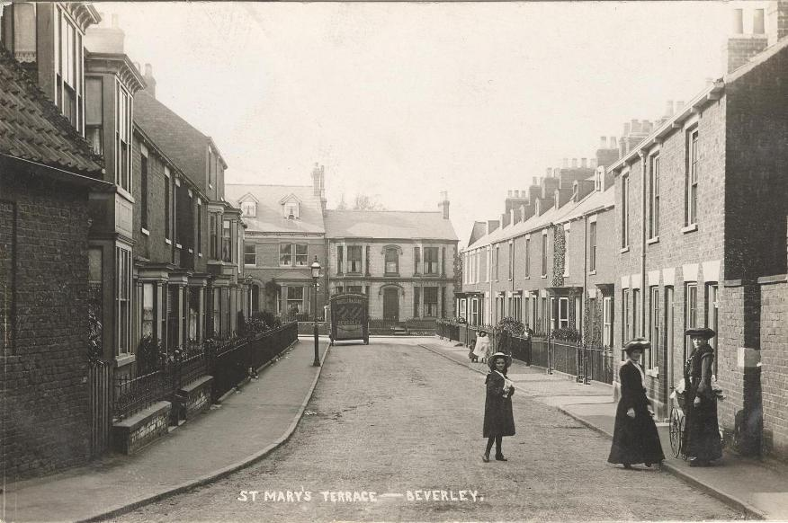St Mary's Terrace, Beverley 1906 (archive ref PO-1-14-341)