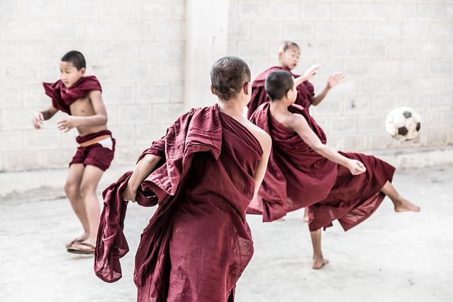 Ballet of the Monks-DSC_9280-2