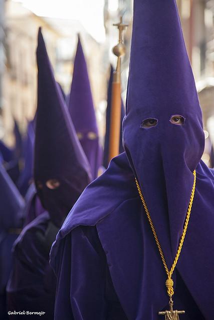 Nazarenos en fila - Zamora