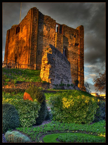 uk sunset castle rain gardens geotagged evening dusk ruin sunny surrey restored restoration guildford hdr rebuilt 3xp busb reedited tthdr exruin proudshopper