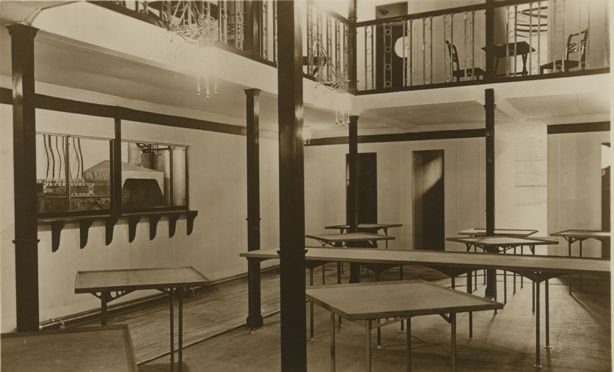 Dining area inside the R100 Airship (Howden Aerodrome) 1933 (archive ref DDX1017-1)