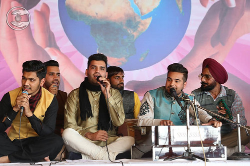 Devotional song by Kartik and Saathi from Mohali