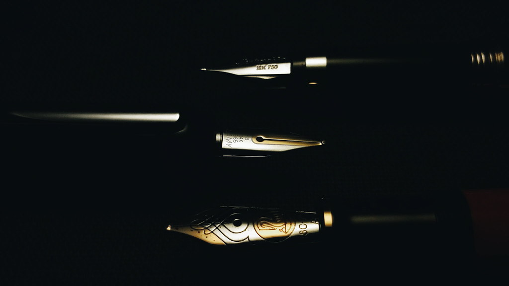 Fountain Pen Nibs Wallpaper A Set Of Wallpapers With Fount