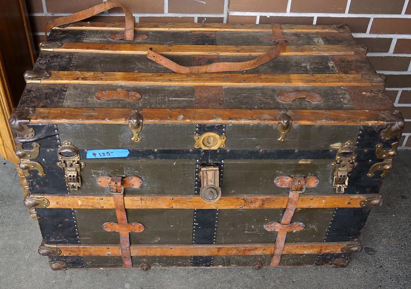 Sidewalk Sale at Castle Rock Mercantile Antique Mall - Sunday April 24th DSC01399