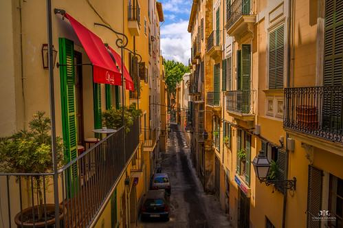 Alley in Palma de Mallorca | by Tommie Hansen