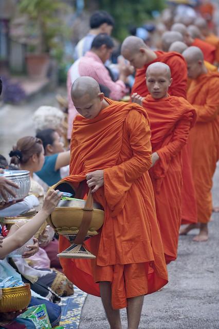 LAO243 Boun Khao Pansa - Luangprabang 184 - Laos