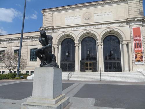 Detroit Institute of Arts front entrance