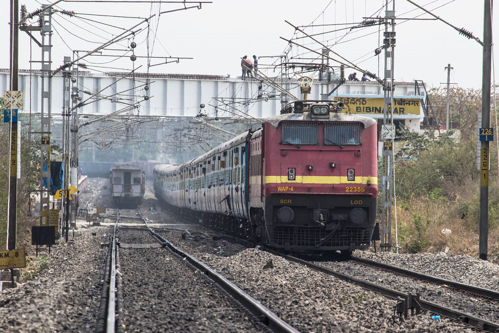 Satavahana SF | LGD WAP-4 22355 cruising through Bibinagar w\u2026 | Flickr
