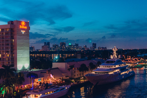 rivers yacht skyline skylines night usa fortlauderdale 2016 winter florida unitedstates us