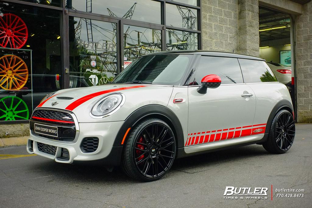 Mini Cooper Tires >> Mini Cooper Jcw With 20in Savini Bm13 Wheels And Toyo Tire