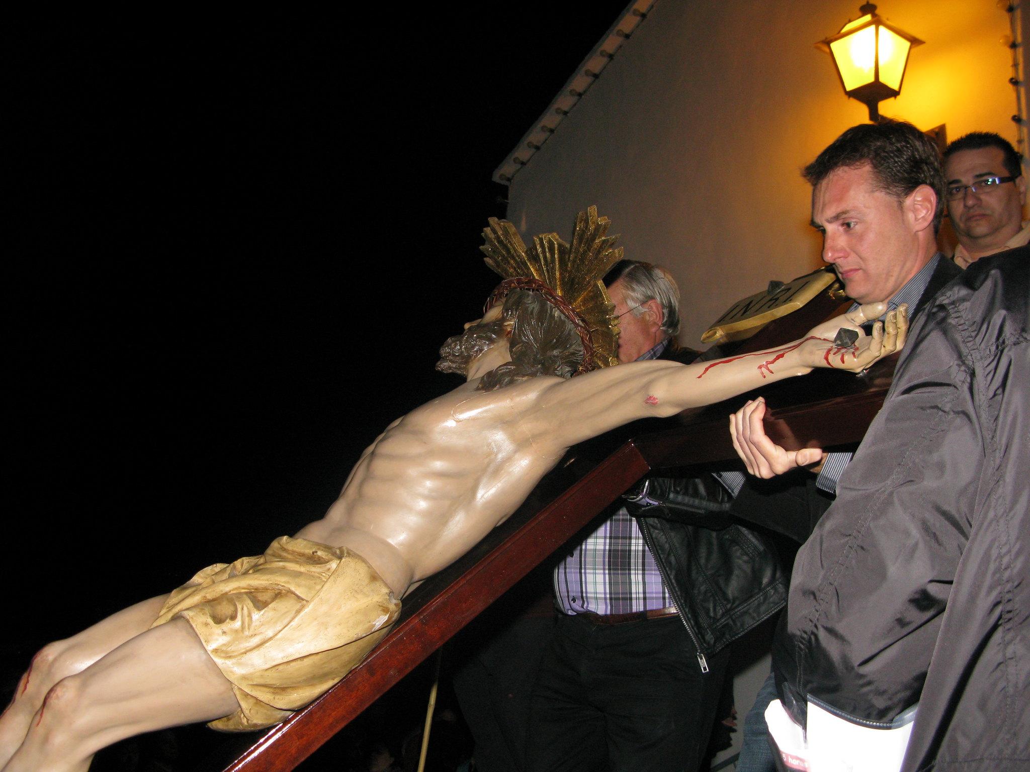 (2011-04-15) - II Vía Crucis nocturno -  Antonio Verdú Navarro (07)