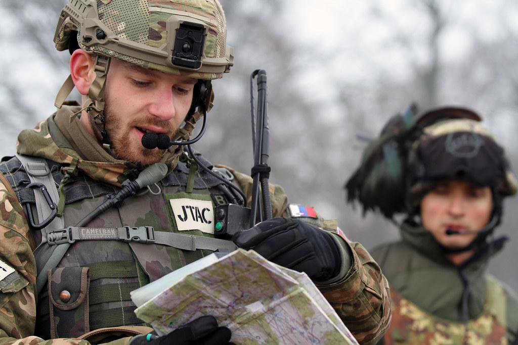 160125-Z-WM549-141 | Slovenia Army's Pvt  Mitja Zizmond chec… | Flickr