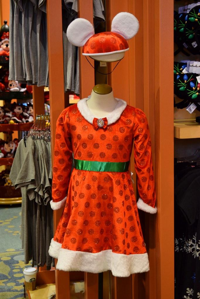 Minnie Mouse Christmas Dress.Disneyland Visit New Year S Day 2016 World Of Disney