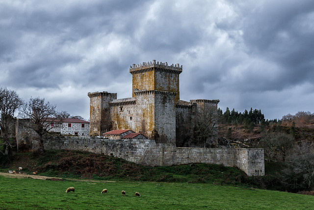 Debajo del Castillo