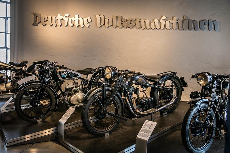 Deutsche Volksmaschinen