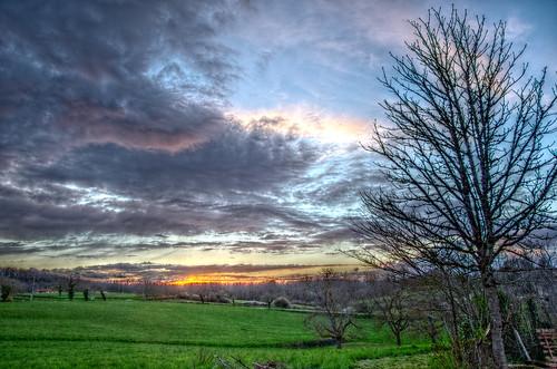 blue sunset sky sun nature clouds landscape skylight nuages paysage soir hdr crepuscule coucherdesoleil quercy