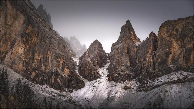 _DSC4319 Mattina d'inverno nelle Dolomiti del Cadore - Gruppo del Popena - Belluno - Veneto / Italia
