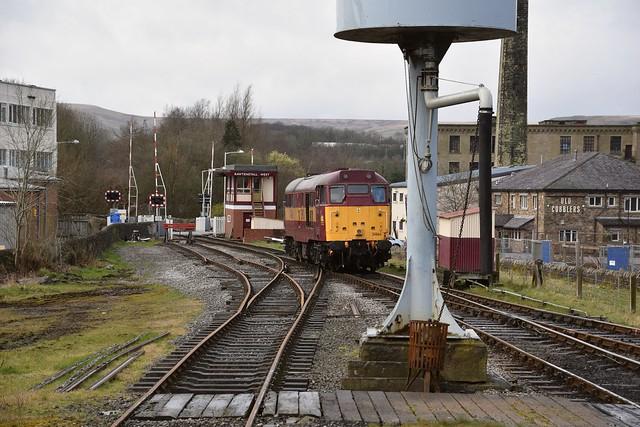 Loco 31466 runs around its train, at the Rawtenstall Terminus, ready for the return journey to Bury Bolton Street & Heybridge. East Lancs Railway. 27 03 2016
