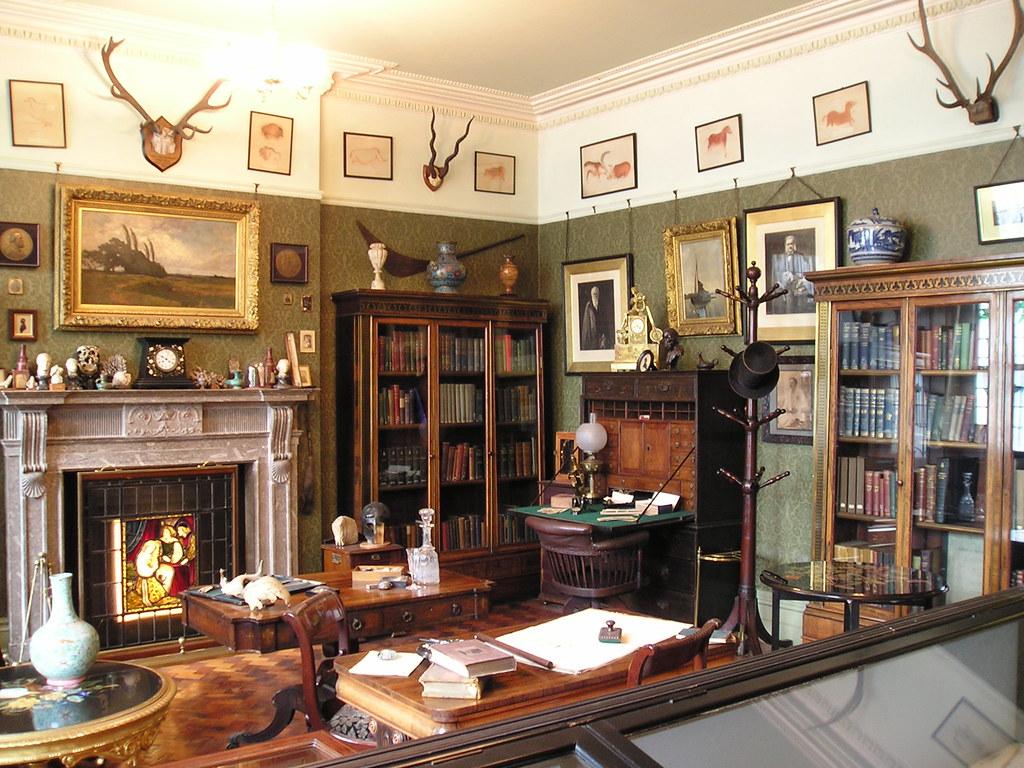 The professor's room